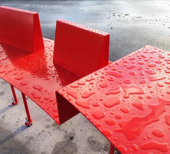 mobilier urbain au parc de l'Ondaine de Unieux : banc à palabre, balançoires, abris-folies